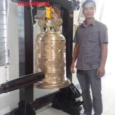 Bàn giao chuông đồng cao 100 cm chùa Long An
