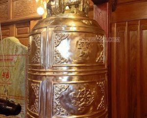 Bàn giao chuông trống cho nhà thờ họ Hồ Tộc Củ Chi